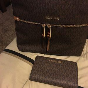 Mk 🎒  backpack  🎒 only make me a offer